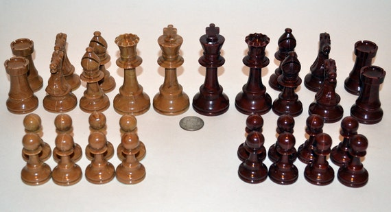 Chess set pieces, Gallant Knight, Burgundy and Beige in color, Vintage Staunton Style pieces