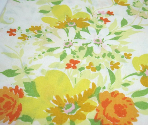 Summer Floral Vintage Style Fabric - Recycled Bed Sheet One Yard