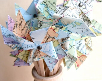 KIT/DIY Pinwheels, Cupcake Toppers, Pinwheel Cupcake, Map Pinwheels, Vintage Wedding, Small Pinwheels, Map Place Card, Travel Theme