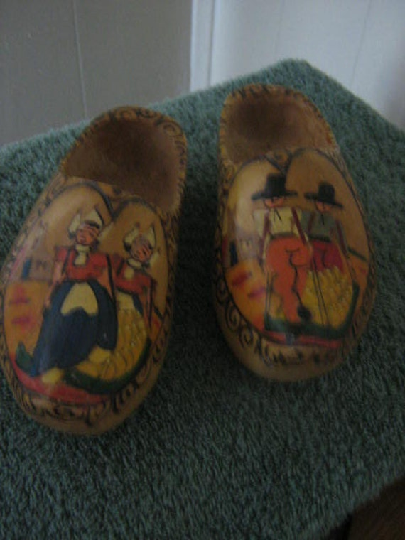 VIntage Hand Carve And Painted Wooden Shoes Holland