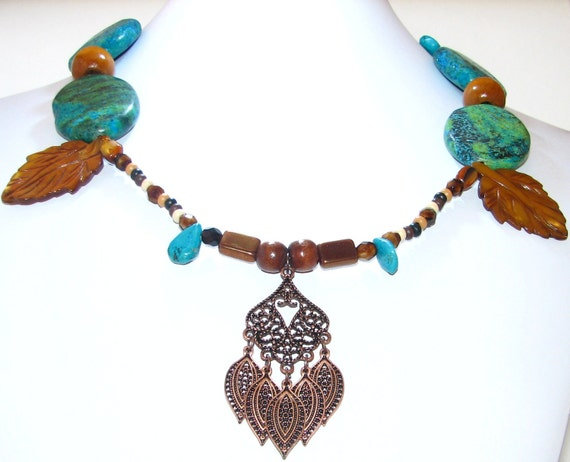Necklace In Tuquoise and and Mother of Pearl With FREE Matching Earrings