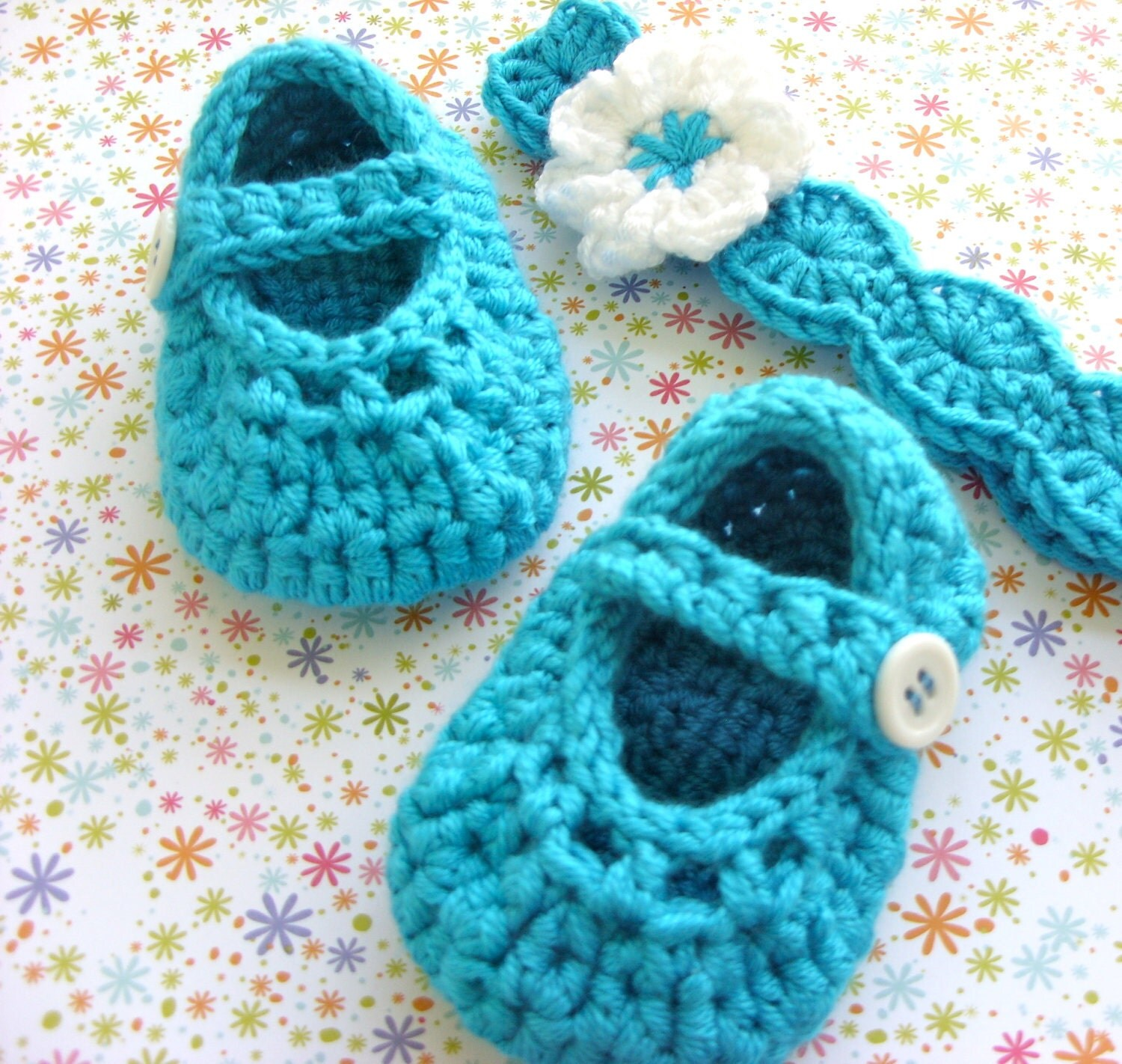 Crocheted Baby Shoes - Mary Jane Booties and Flowered Headband