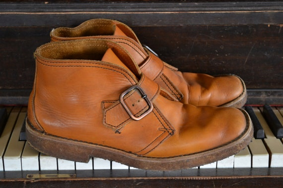 Vintage Brown leather Clarks Ankle Boots with Strap and Buckle Mens 10 1/2 - 11