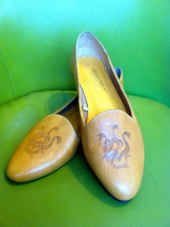 Vintage 1980's Shoes l 100% Leather Mustard Loafers l  Size 10 l Vintage Shoes