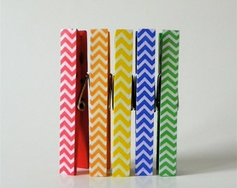Rainbow Chevron Clothespin Magnets. Magnet Clothespins. Classroom Decor. Teacher gifts. Fridge Magnets. Wedding Favors. Magnet Clips.