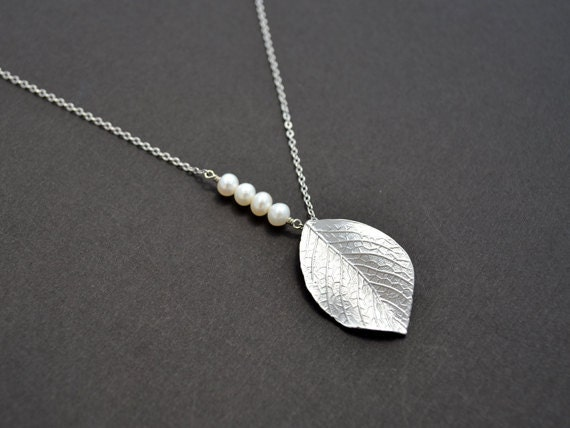 10% OFF, Leaf necklace, Pearl necklace, Silver necklace, Wedding necklace, Bridal jewelry, Mother's Day Gift, Anniversary, Christmas gift