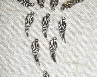10 Beautiful Pewter Wing Charms