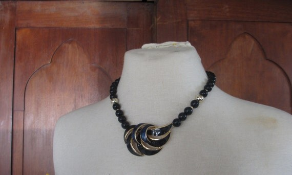 Bead Necklace w/ Enamel Pendant - Womens Vintage Beaded Jewelry - Navy Blue & Gold Tone