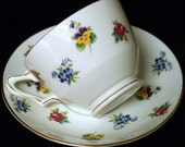 Crown Staffordshire Tea Cup & Saucer Set Bone China  In A Lovely Pansy Motif