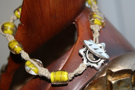 Yellow stone and hemp bracelet
