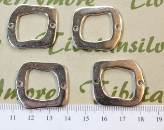 4 pcs per pack of 30mm Flat Solid Link Silver Finish Lead Free Pewter