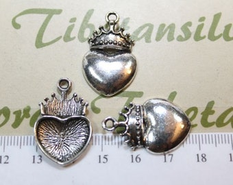 10 pcs per pack 28mm Heart with Crown Charm Antique Silver Finish Lead Free Pewter