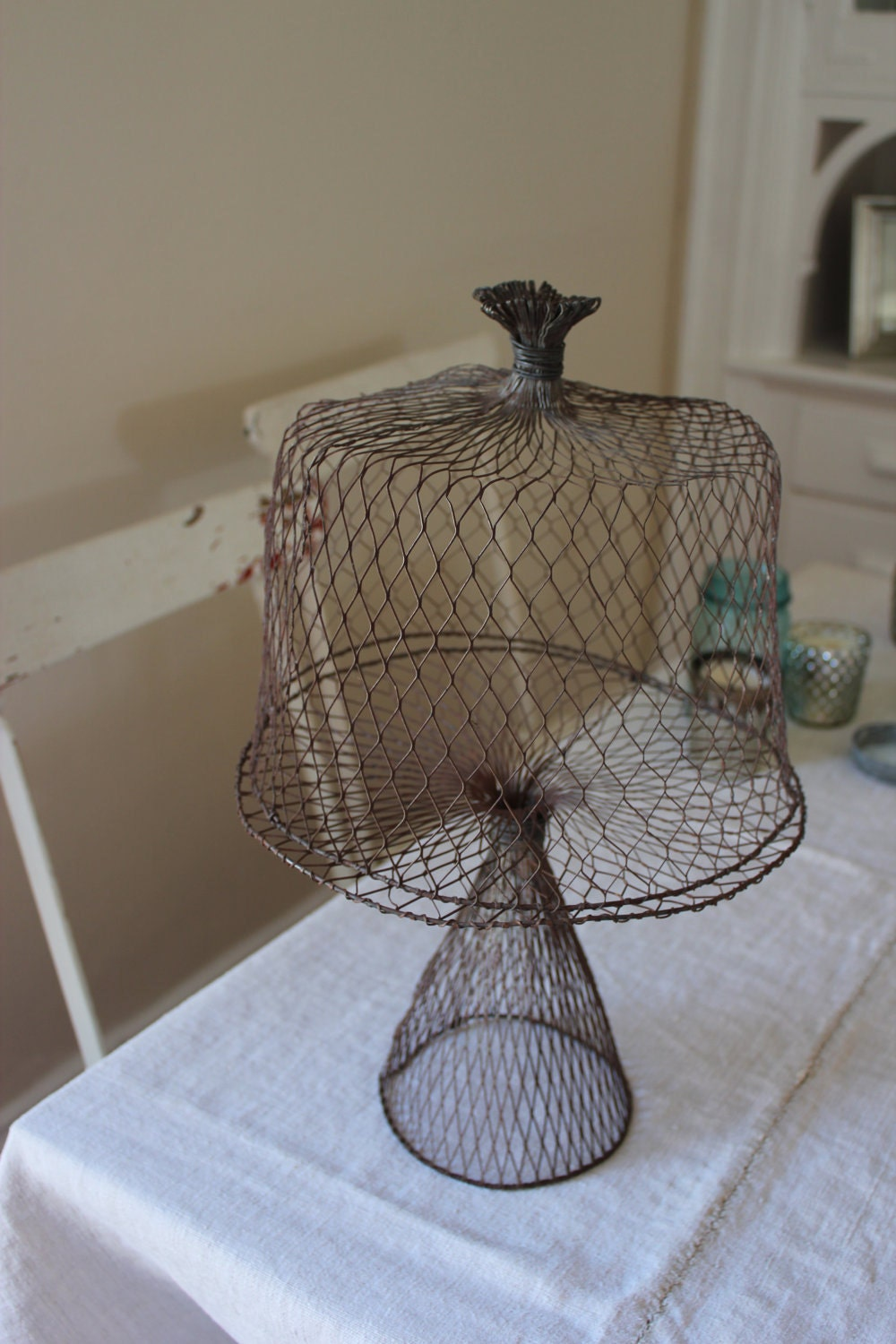 mesh wire cake stand with dome. Black Bedroom Furniture Sets. Home Design Ideas