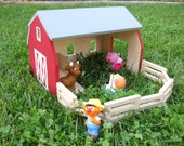 Barn Playset with Paint Kit