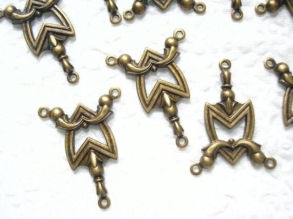 Antiqued Brass Three Loop Connectors - 8 pieces
