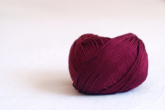 Cotton mercerized yarn - DK weight - burgundy