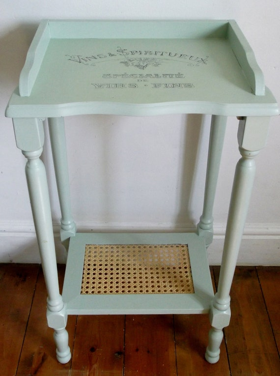 Green ocassional table with vintage French typography