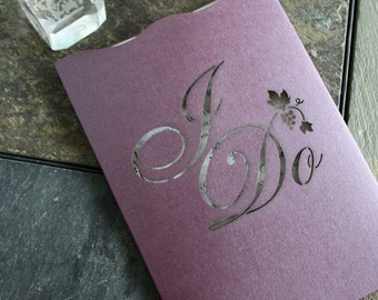 "Laser cut pocket - ""I Do"" Grapevine"