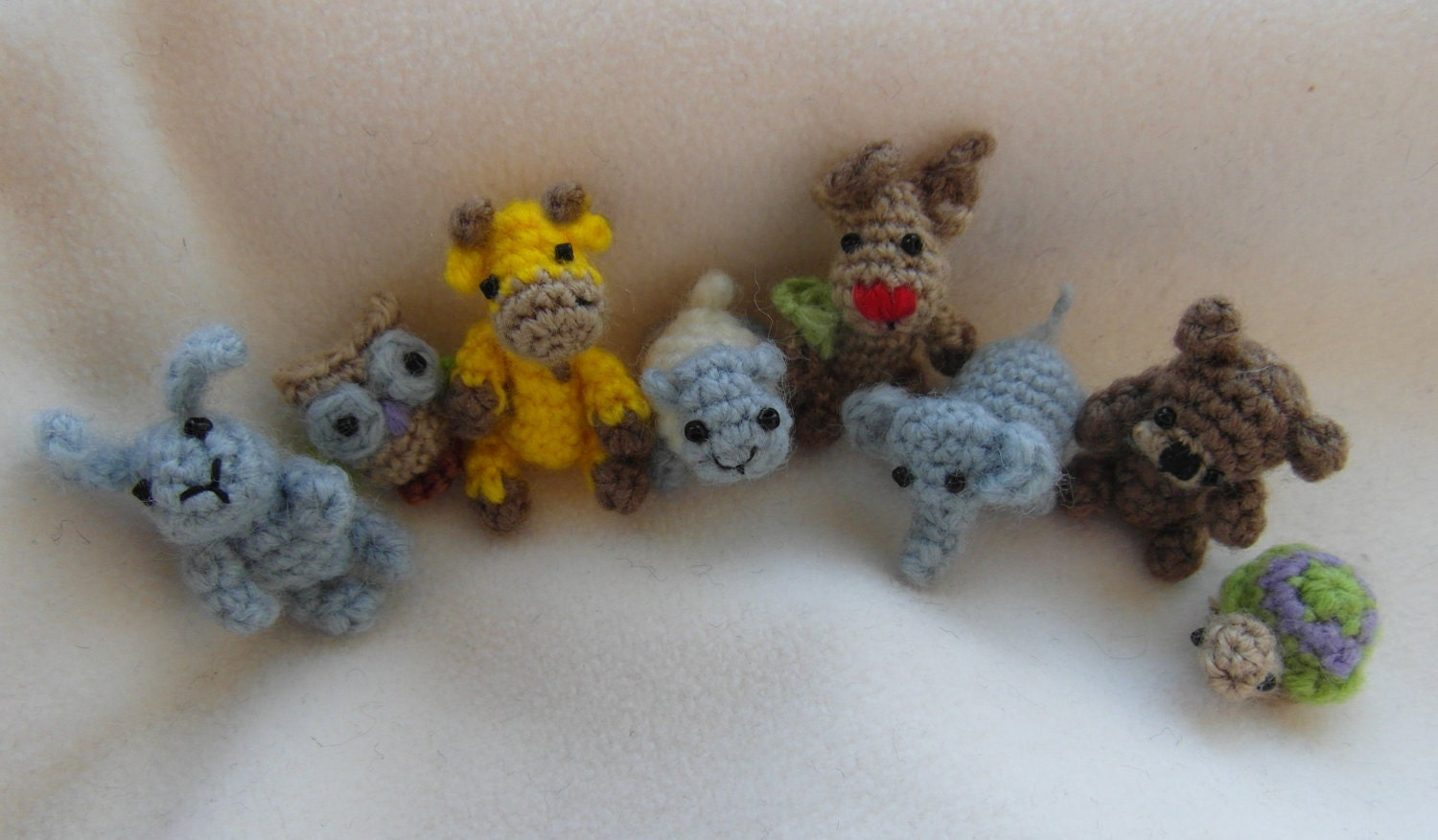 Oh so tiny Collection 8 tiny amigurumi patterns in 1