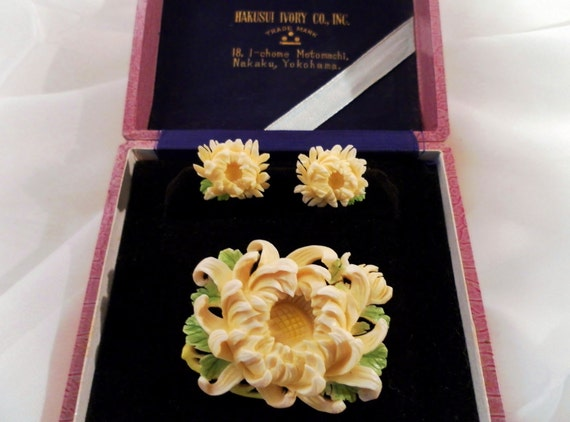 Vintage Hakusui Ivory Co. Carved Yellow Tint Chrysanthemums Brooch Earrings Box Set. Signed Sterling Silver Pre Ban Genuine Ivory.