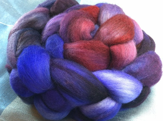 Hand Dyed Merino Wool Roving Combed Top Spinning Fiber  -  4.3 oz - 19MM010