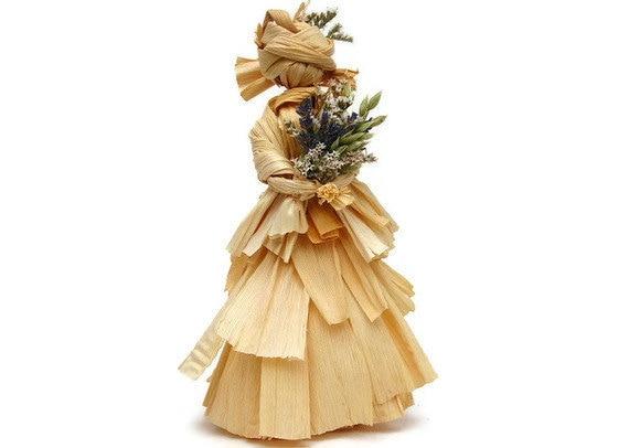 Corn Husk Doll 'Cora'
