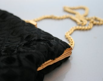 1950's Gold Chain Velvet Purse