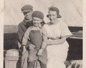 Vintage/Antique photo of a cute family