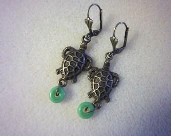 Sea Turtle Earrings, Sea Life, Turtle Dangles, Antique Bronze, Leverbacks, Nature
