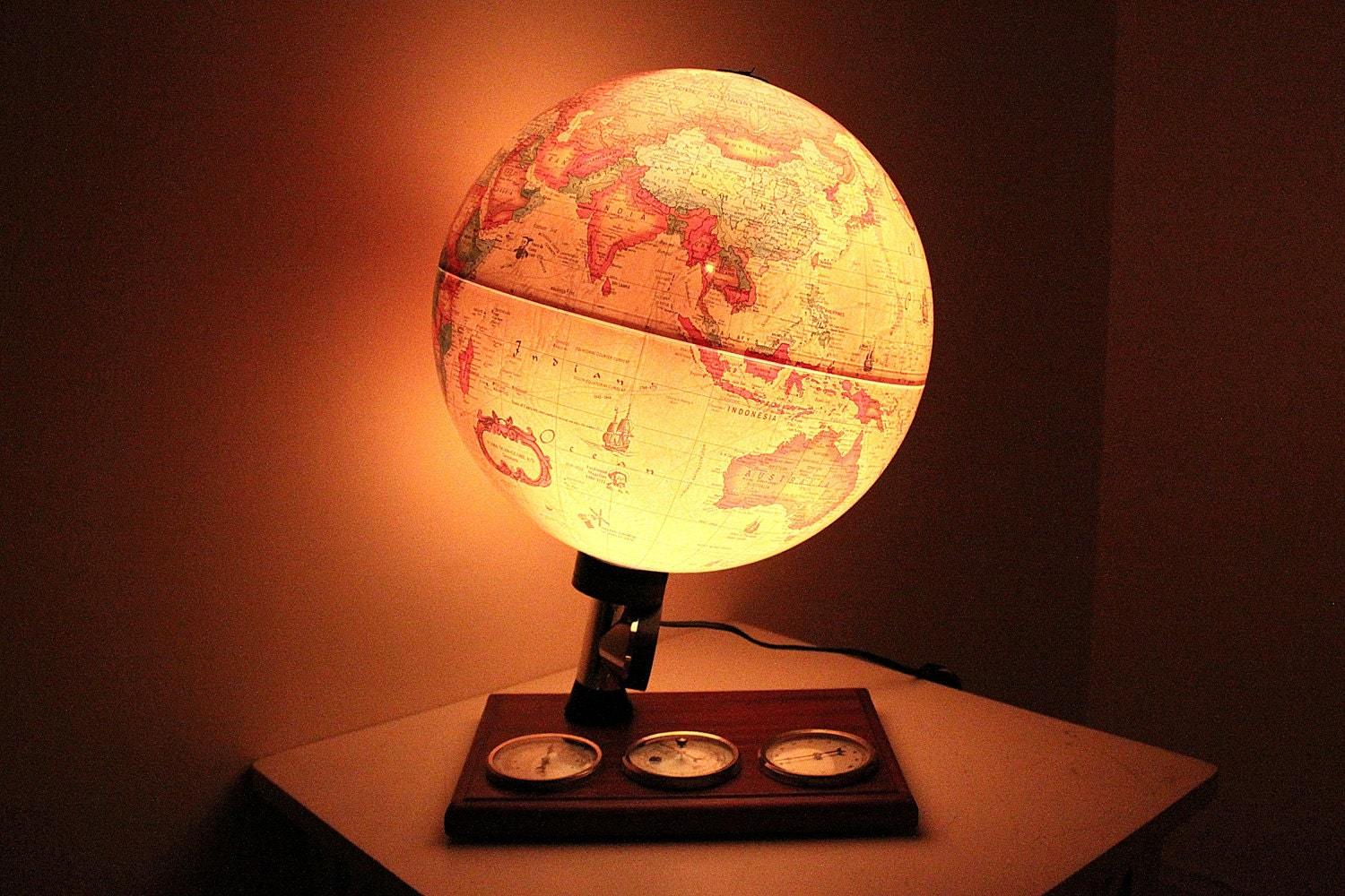Vintage World Scan Globe Lamp With Weather Gauges