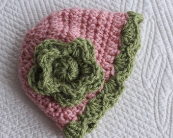 Crochet Baby Hat in Rose and Dusty Green, Newborn Hat, Baby Girl Hat with Flower, Photo Prop, Christmas Gift for Baby, Winter Hat, Child Hat
