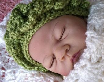 Crochet Baby Hat with Apple Green Ruffles, Spring Baby Hat, Newborn Hat with Ruffles, Crochet Baby Hat, Newborn Baby Hat