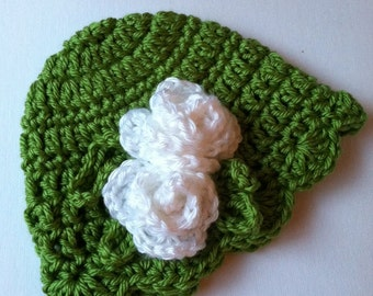 White Crochet Baby Hat with Flower and Ruffle, Crochet Baby Hat, Newborn Hat, Baby Hat, White Roses, Hat with Flower, Baby Girl Hat, Baptism