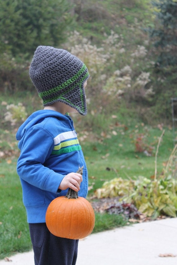 https://www.etsy.com/listing/84951904/boys-crochet-hat-with-earflaps-in-gray?ref=shop_home_active_1