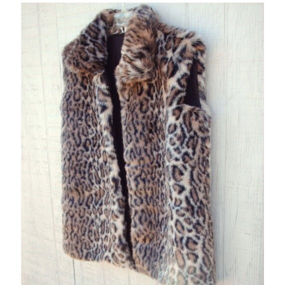 Faux Fur Coats: Stay warm with our great selection of Women's coats from xflavismo.ga Your Online Women's Outerwear Store! Get 5% in rewards with Club O!