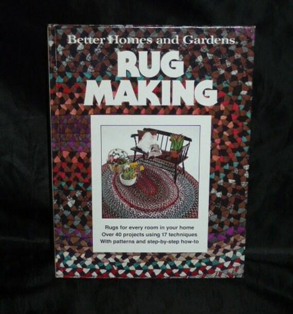 Vintage 1978 Rug Making Craft Project Pattern Book Rag Rugs Felt Applique Latch Hook Canvas Floor Cloths Weaving Loom Braided