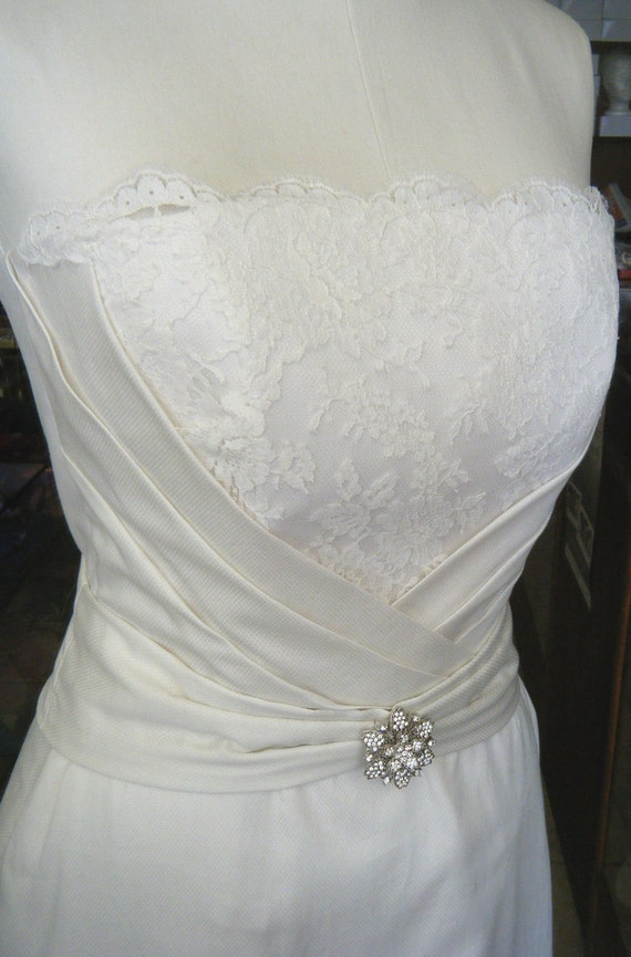 Further Reduced: CLEARANCE Wedding dress handcrafted Organic Cotton & vintage lace
