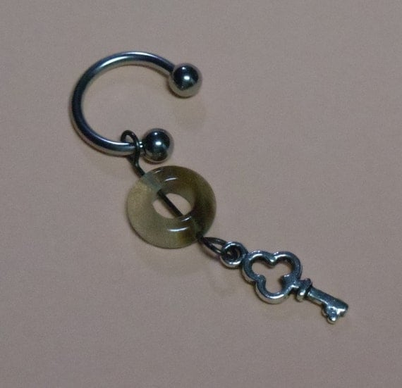 Quartz Key c-belly ring - T75