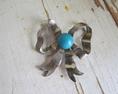 Vintage 1960s Silvertone Blue Bead Bow Finding