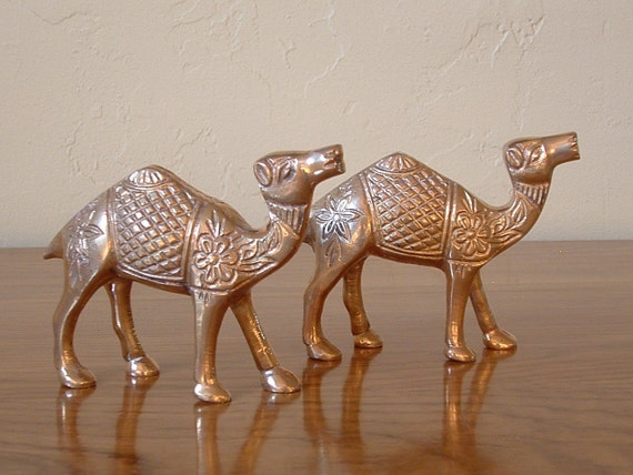 Vintage Pair Brass Camels Hollywood Regency