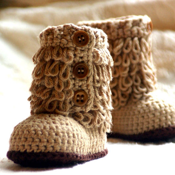 Crochet baby shoes pattern Furrylicious Boot - Pattern number 200 Instant Download