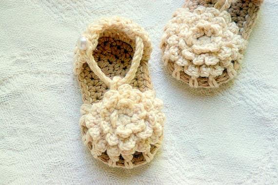 CROCHET PATTERN 101 - PDF Instant Download - Crochet Baby Shoe Pattern - Simply Summer Sandals - Baby Sandal Pattern girl and boy version L