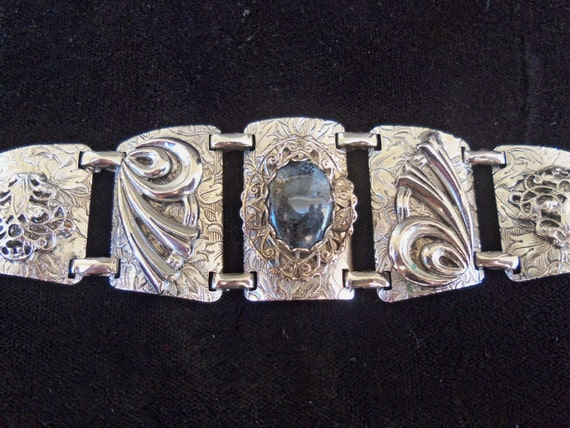 Vintage Ornate Bracelet Nice Quality & Wide WW1 Era Collectible Mid Century Modern Jewelry Eloxal and aluminum