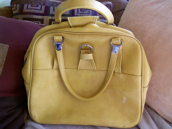Vintage Escort Overnight Bag 1960's Luggage Suitcase Rockabilly Yellow Accessories
