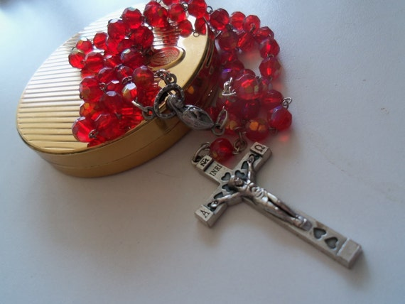 Vintage JERUSALEM Faceted AB Red Glass Beaded Rosary Beads Crucifix Cross 1960's Collectible