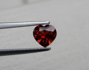 6 mm Heart Garnet in AAA Grade