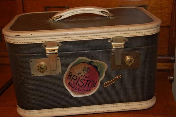 Travel joy traincase luggage suitcase