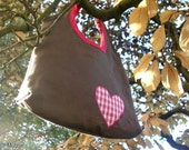 Girls bag in khaki and fresh pink, one gringham heart and embroidery