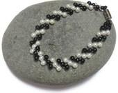 Beaded Pearl Bracelet, Black and White Bracelet