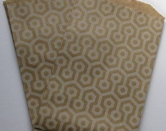 "Set of 20 Soft White Honeycomb Design on Kraft Middy Bitty Bags (5"" x 7.5"")"